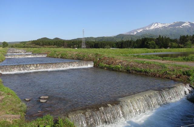 上郷の温水路群